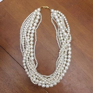 ✨Luxury Multilayered Pearl Necklace✨